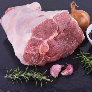 Rôti d'épaule avec os d'agneau