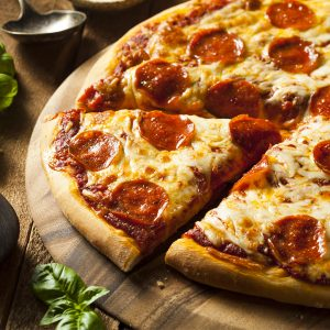 Pizza pepperoni / fromage 13″